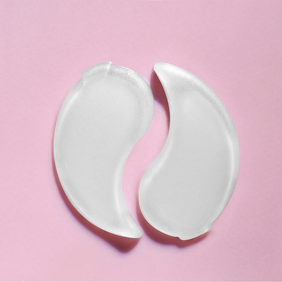 Présentation des patch yeux roselift sur un fond rose